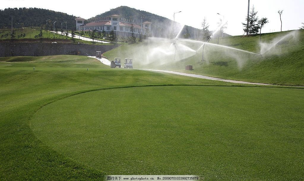高尔夫 高尔夫球场 松树 果岭 水 房子 旅游摄影 国内旅游 摄影图库 7