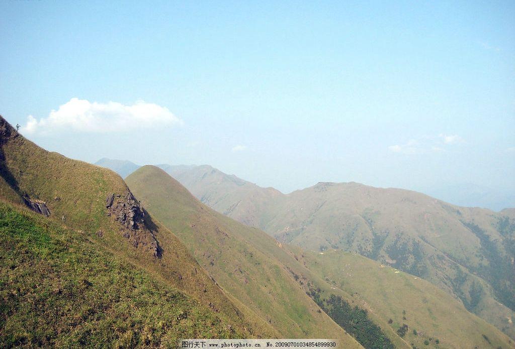 自然风景高山 群山 绿草图片