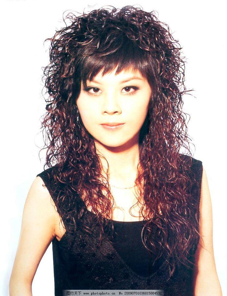 美发 发型 最新发型 短沙宣发 烫发 染发 女性女人 摄影图库图片