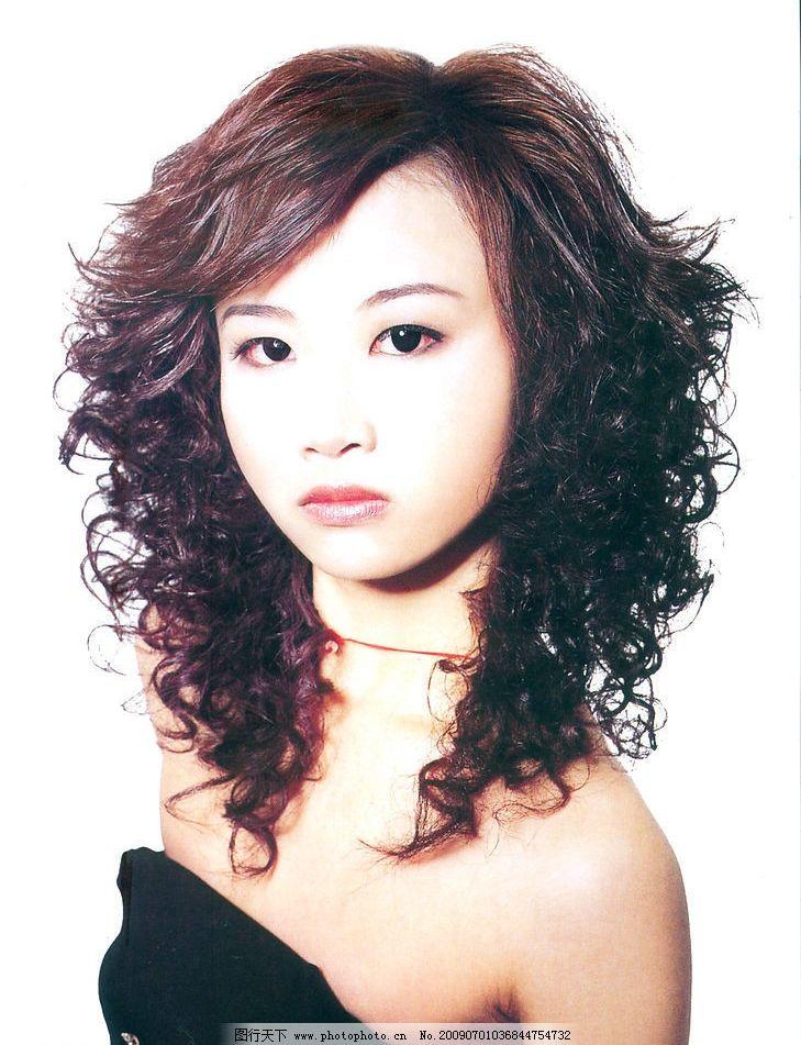 美发 发型 最新发型 短沙宣发 烫发 染发 人物图库 女性女人 摄影图库图片