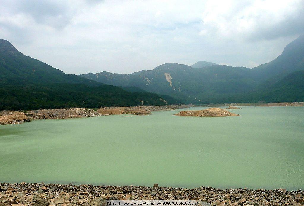 凤凰山 水 绿 树 山 水资源 石 云 云雾 天空 水库 自然景观 山水风景