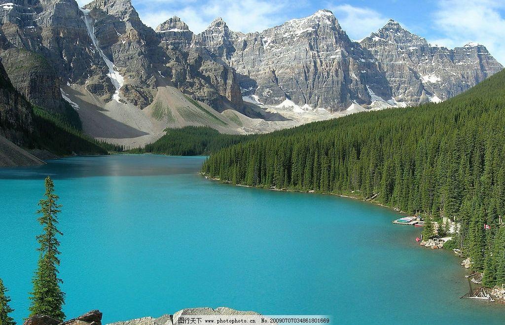 加拿大班芙国家公园 旅游 自然风光 湖 雪山 植物 树林 岩石