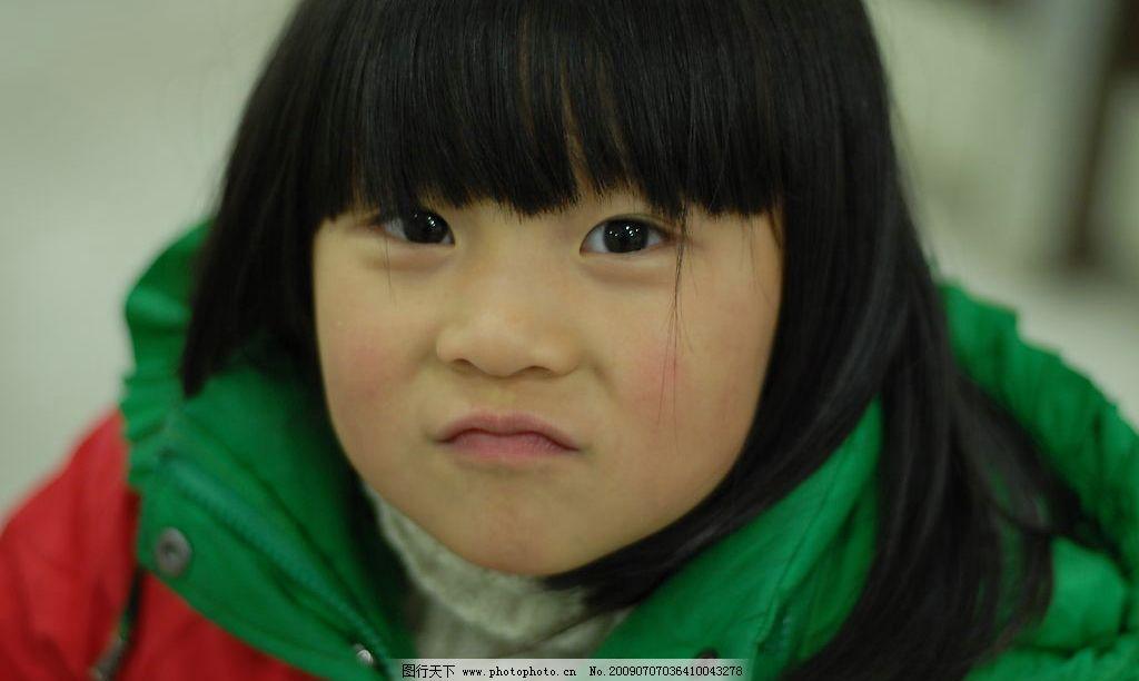 小女孩 顽皮 皱鼻子 人物图库 儿童幼儿 摄影图库 300dpi jpg