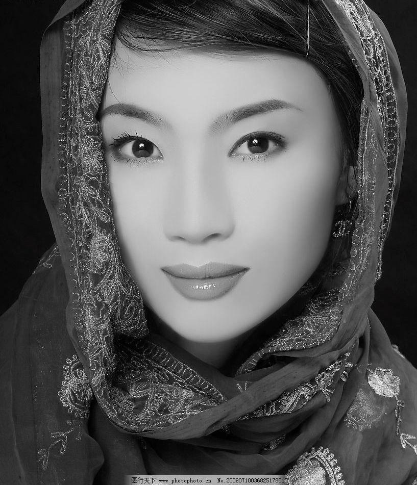 长发女性 女性 长发 黑白 头巾 艺术照 人物图库 女性女人 摄影图库