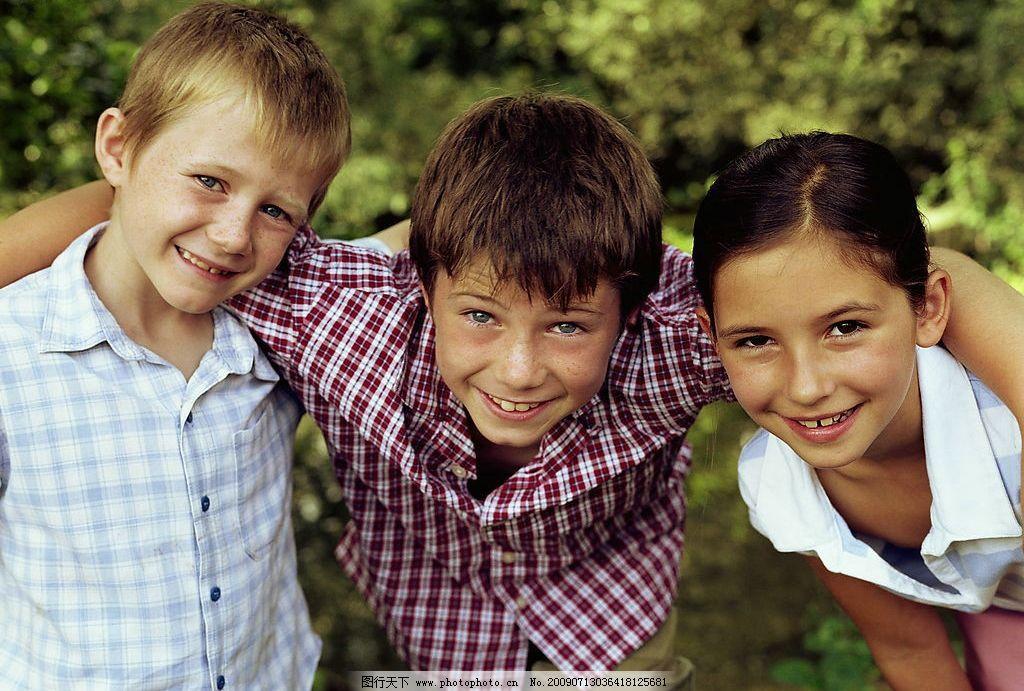 国外儿童 儿童 小孩 男孩 女孩 人物图库 儿童幼儿 摄影图库 300dpi
