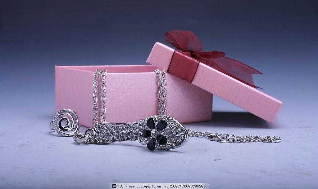 首饰 戒指 手镯 项链 包装盒 生活素材 摄影图库