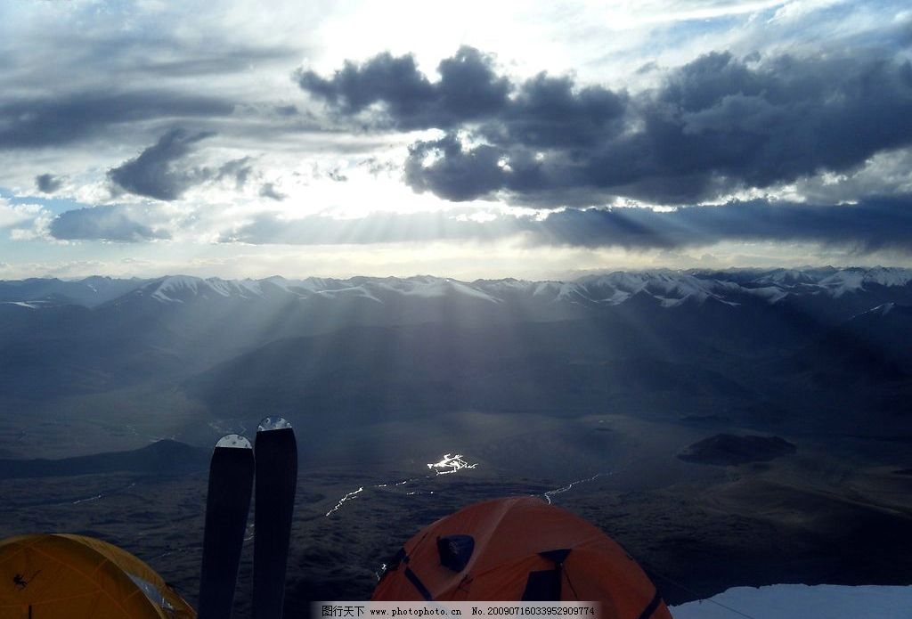 慕士塔格冰川 冰川 冰雪 雪景 新疆 天空 云彩 黎明 国内旅游