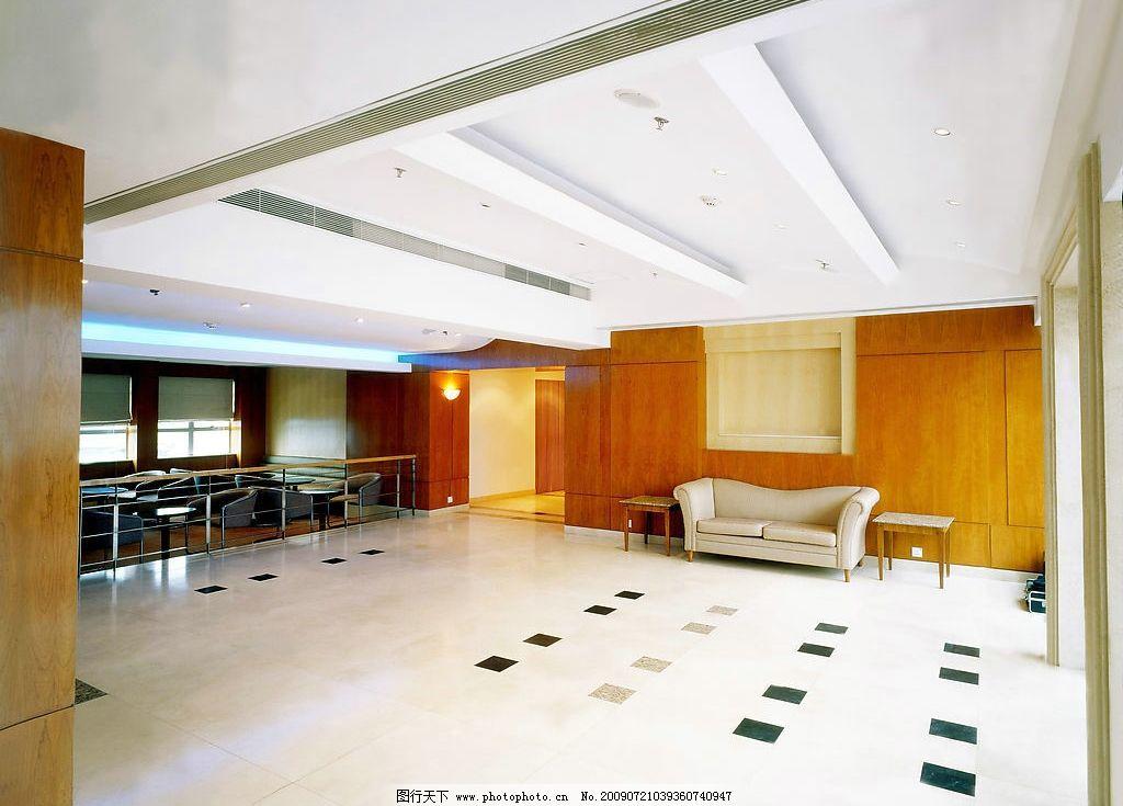 大堂 一角 沙发 酒店 地砖 木墙 方桌 白色沙发 建筑园林 室内摄影