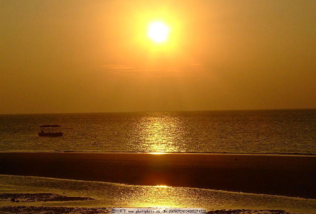 广西北海市涠洲岛日落晚霞 海边 夕阳 日落晚霞 自然景观 自然风景