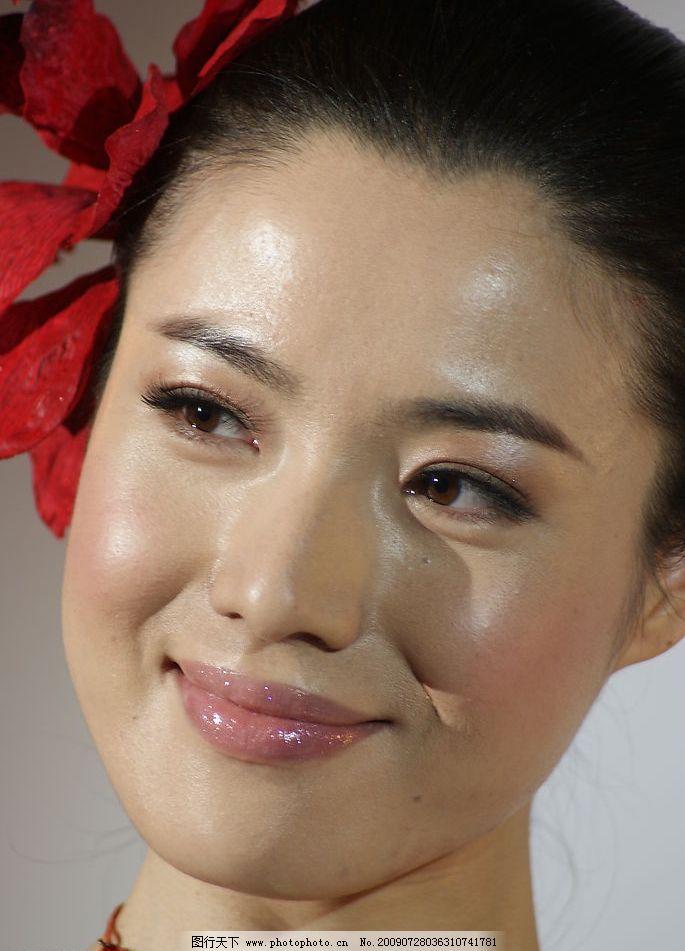 红衣模特4 美女模特 2006上海音像展 sony展厅 红衣模特 人物图库