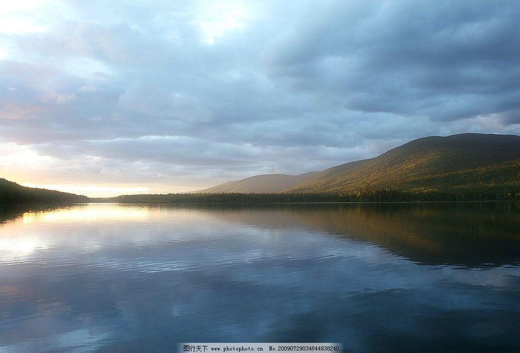 湖泊风景 美丽风景 蓝天 白云 云层 天空 高山 景色 湖泊 池塘 倒影