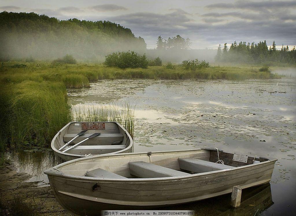 山水风光 湖水 小船 湖光山色 小船和湖水 风景 自然景观 山水风景