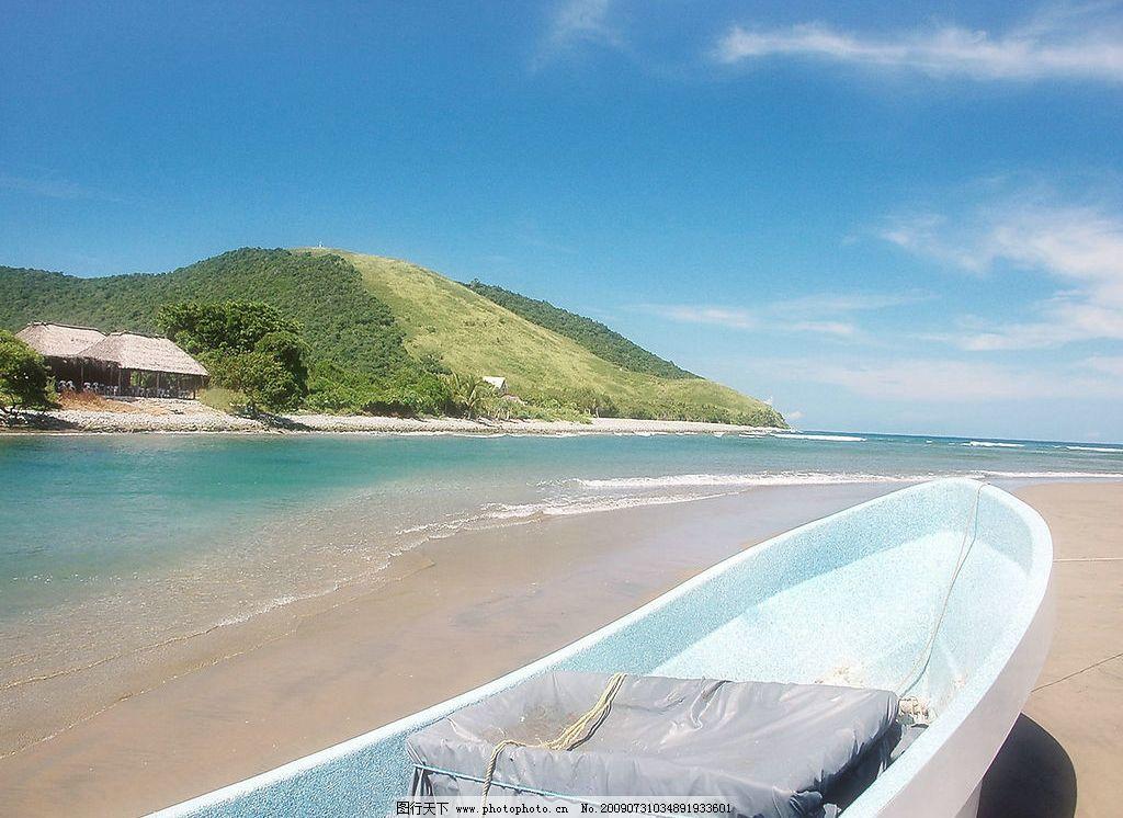 海边景色 美丽风景 日出 海边 沙滩 海水 蓝天 白云 云层 天空 树木