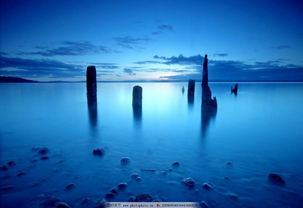 木桩 码头 木头 天空 旅游摄影 人文景观 摄影图库 自然景观 山水风景