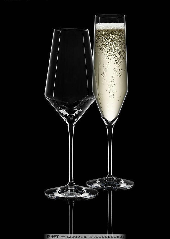 水晶杯 水晶造型 雕花 图案 手工切割 酒杯 器皿 玻璃杯 工艺 美术