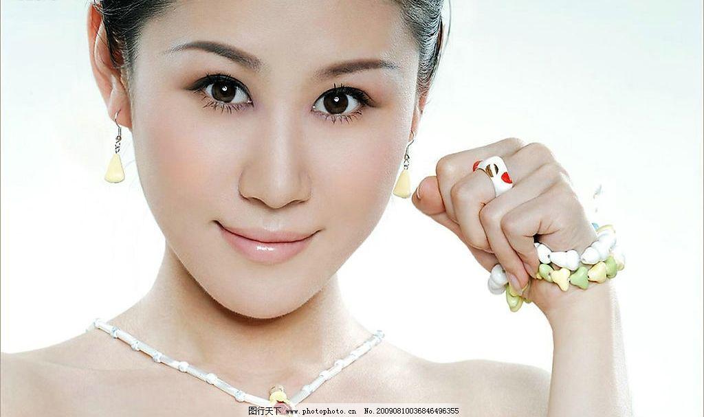 中国人体模特柳琳琳图片