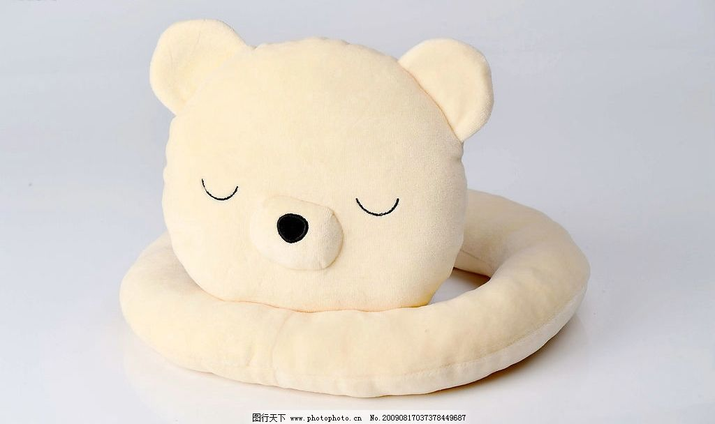 玩具 可爱小熊 米黄色 睡觉 生活百科 家居生活 摄影图库 300dpi jpg
