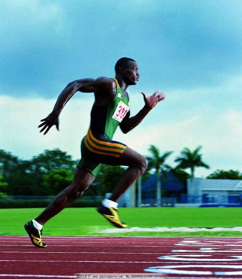 冲刺 田径比赛 跑步 奔跑 运动员 田径场 跑道 文化艺术 体育运动