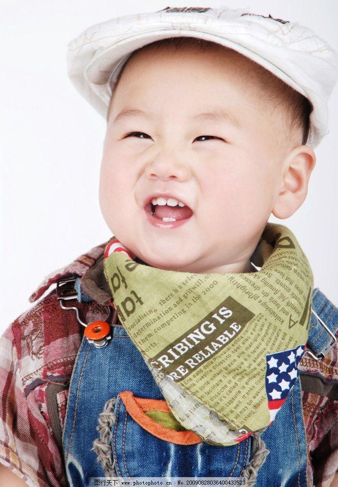 宝宝的大笑 可爱的儿童幼儿 婴儿表情 花衣服 baby 小孩 儿童摄影