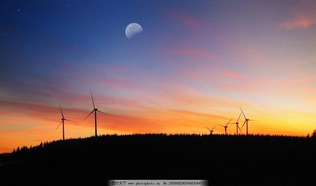 黄昏的天空 夕阳 夕下 太阳 月亮 摄影图 山水风景 自然景观 摄影 72