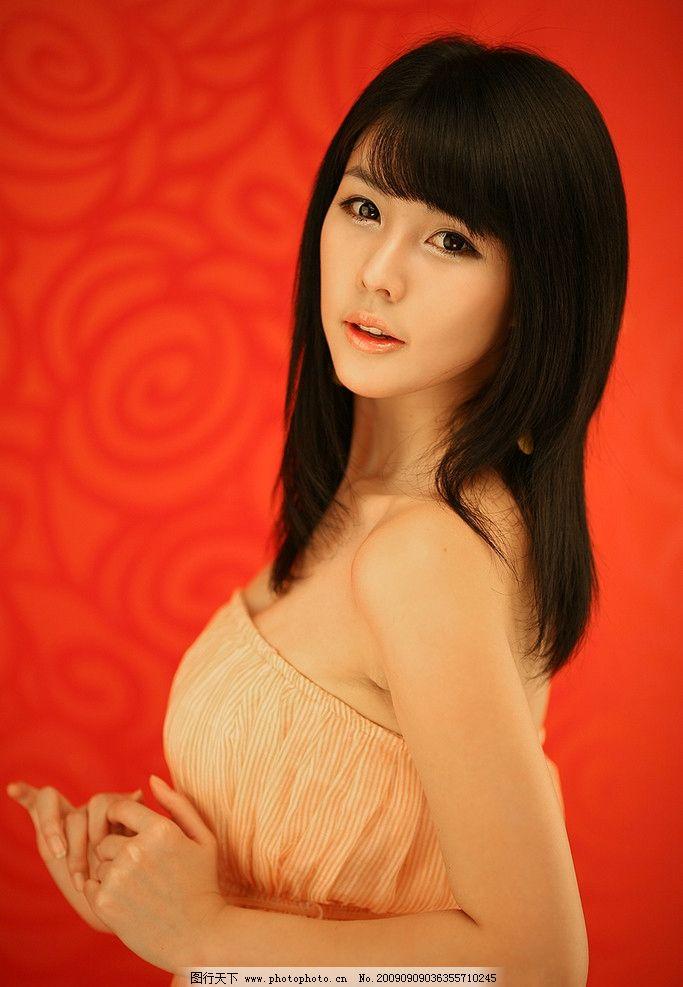 李智友 车模 明星 美女 女人 漂亮 女生 可爱 大眼美女 微笑 人物图库