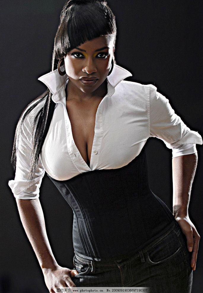 黑女人 性感 厚唇 高清图片