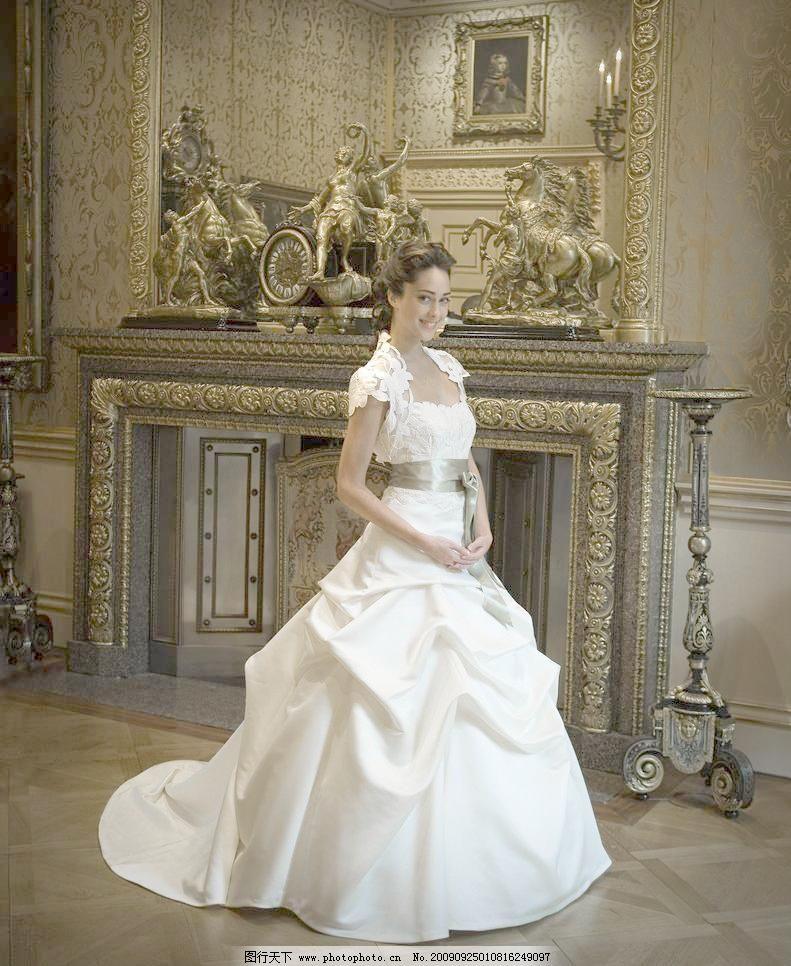 礼服 新娘 婚纱 晚装 晚礼服 华丽 古典 欧式 壁炉图片